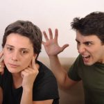 Enam Tanda Pernikahan Diambang Perceraian