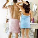 5 Posisi Seks Paling Menyenangkan Ketika Bercinta di Kamar Mandi
