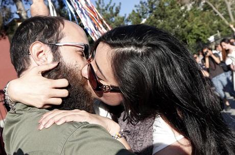 ciuman massal di Turki