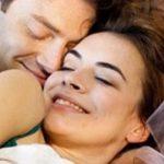 3 Gaya Bercinta Favorit Pria Menurut Hasil Survei