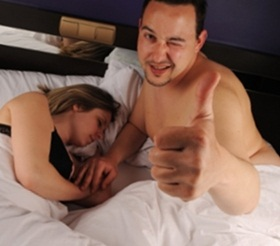 Alasan pria pura-pura orgasme