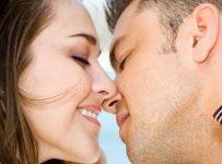 Perbedaan ciuman pria wanita