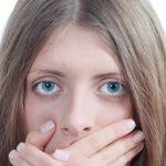 Menelan Sperma Aman dan Tidak Menyebabkan Kehamilan