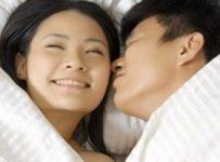 6 Penyakit yang ditularkan melalui ciuman bibir