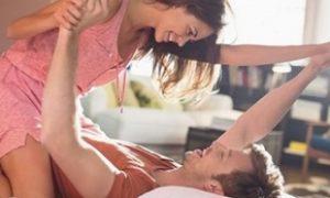 Bahaya melakukan posisi seks woman on top