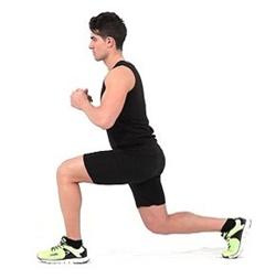 Olahraga leg lunges atau menekuk meningkatkan stamina dan kekuatan kaki