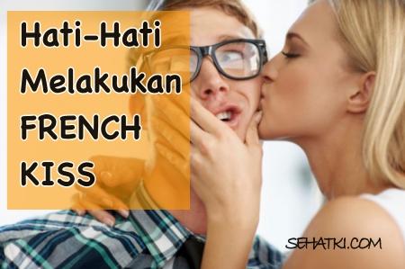 Berciuman bibir berbahaya bagi kesehatan